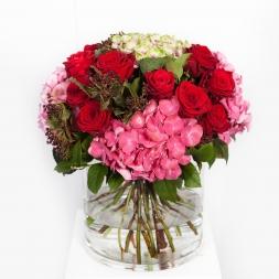 Red-naomi-rose-bouquet-porta-Nova- 58