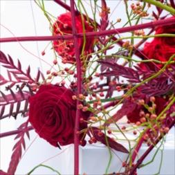 porta-nova-red-naomi-red-rose-bouquet-inspiration-1-1
