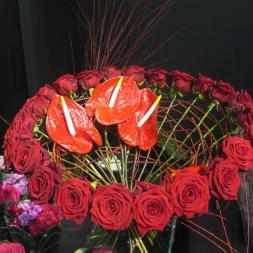 porta-nova-red-naomi-red-rose-bouquet-inspiration-1