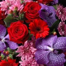 porta-nova-red-naomi-red-rose-bouquet-inspiration-5