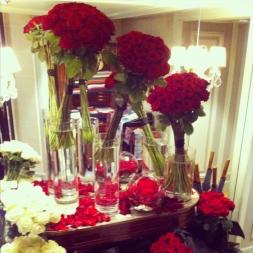 porta-nova-red-naomi-red-rose-bouquet-inspiration-9