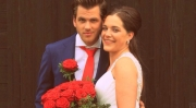 Porta-Nova-Red-Noami-Wedding-roses-inspiration- 8