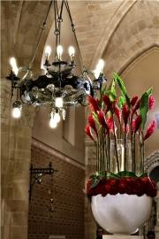 porta-nova-red-naomi-red-rose-wedding-inspiration-14