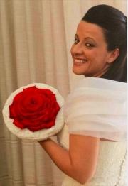 porta-nova-red-naomi-red-rose-wedding-inspiration-15
