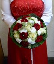 porta-nova-red-naomi-red-rose-wedding-inspiration-18