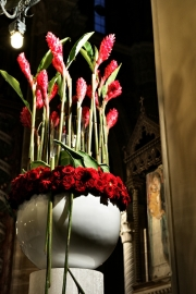 porta-nova-red-naomi-red-rose-wedding-inspiration-4-2
