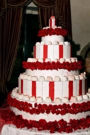 porta-nova-red-naomi-red-rose-wedding-inspiration-6-2