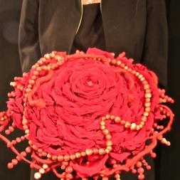 porta-nova-red-naomi-red-rose-wedding-inspiration-6