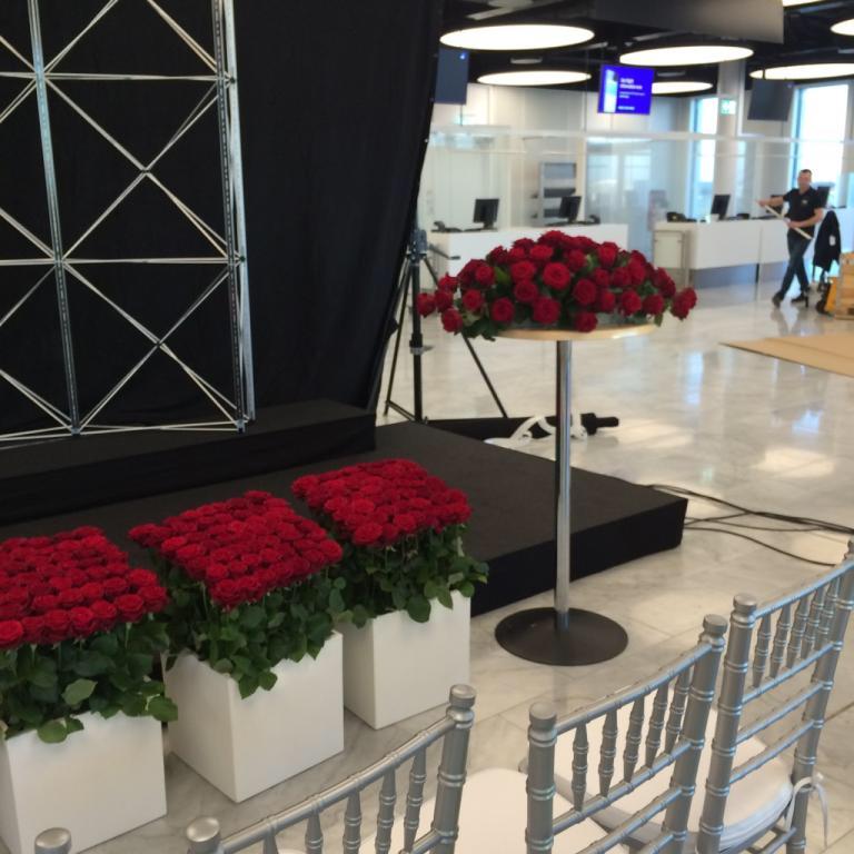 Porta Nova Red Naomi Emirates Airbus A380