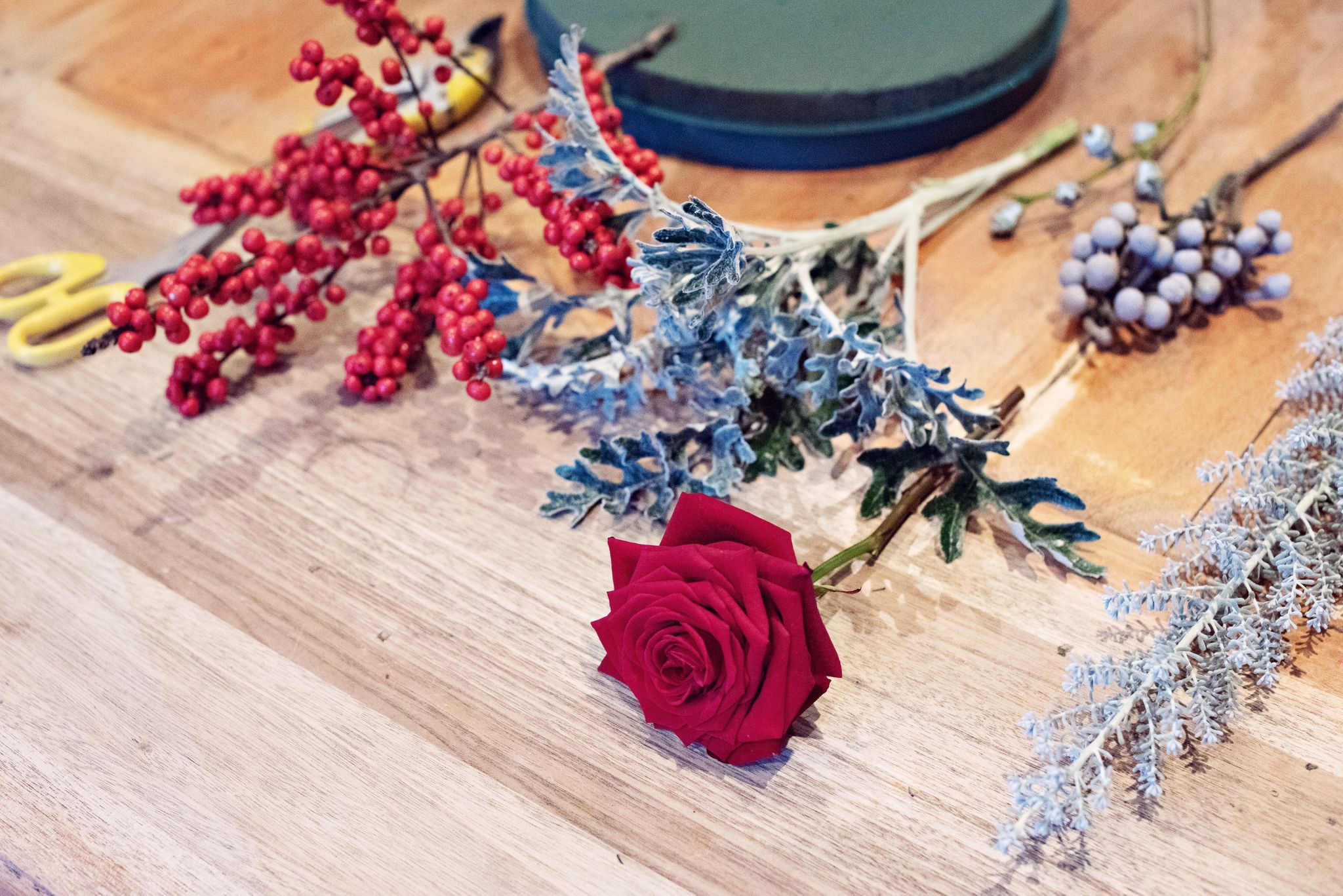Sarah crookstone christmas table porta nova red naomi