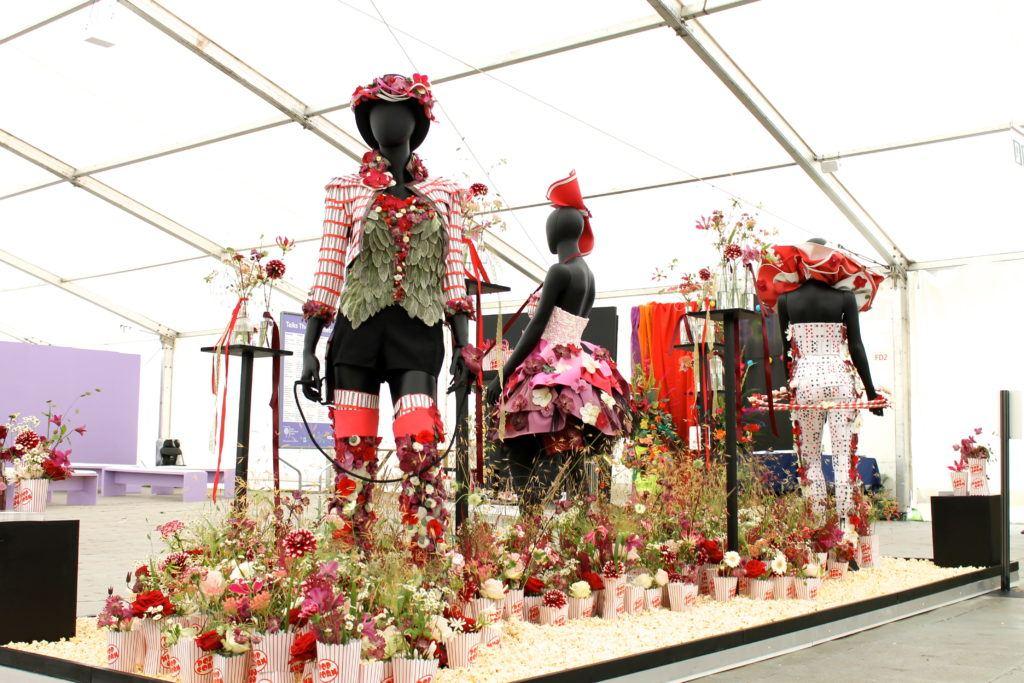 Red Naomi 'English Carnival' RHS Show