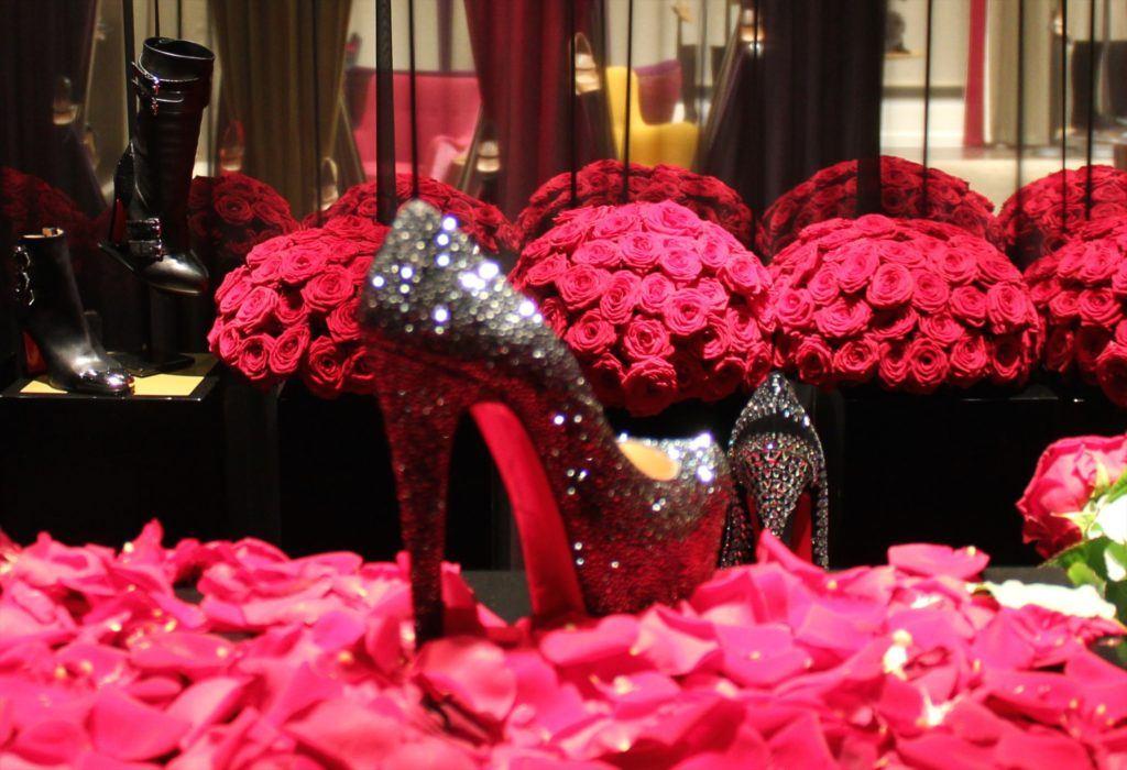 Red Naomi Roses Kylie Minogue Book Launch Harrods London Porta Nova