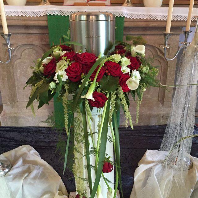 Andi Slotty Blumenhaus-Inge German floral Market Porta Nova Red Naomi Roses