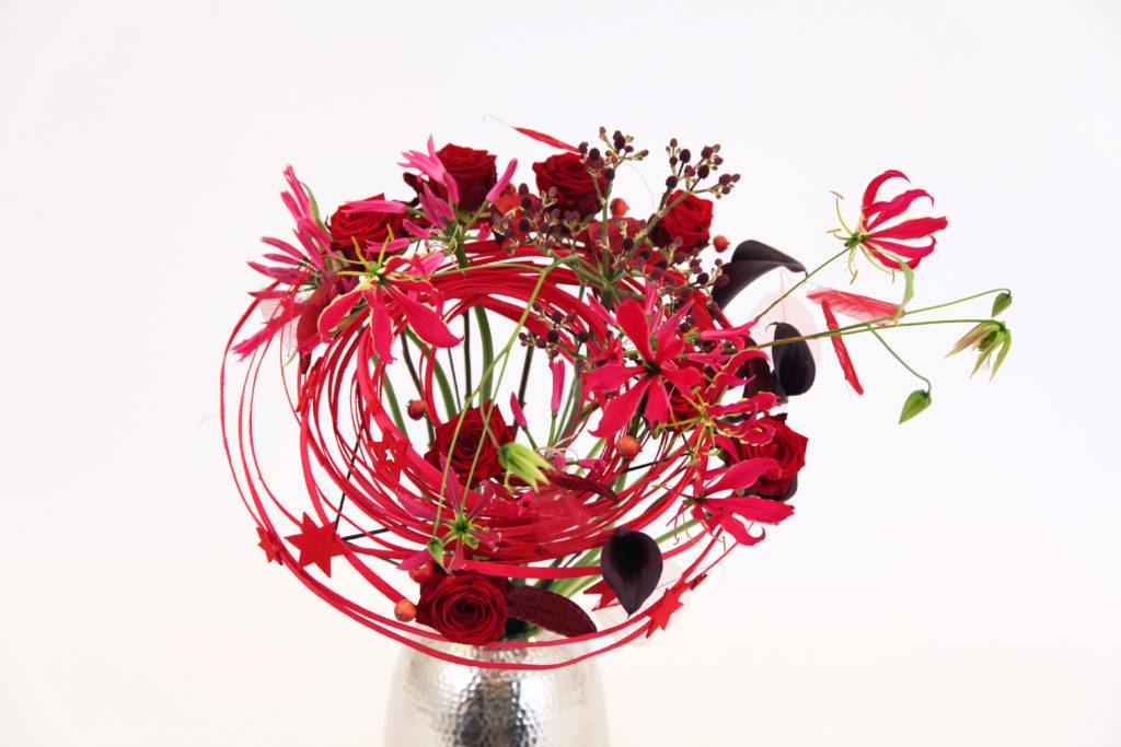 Porta Nova floral designs in Floral Fundamentals Magazine