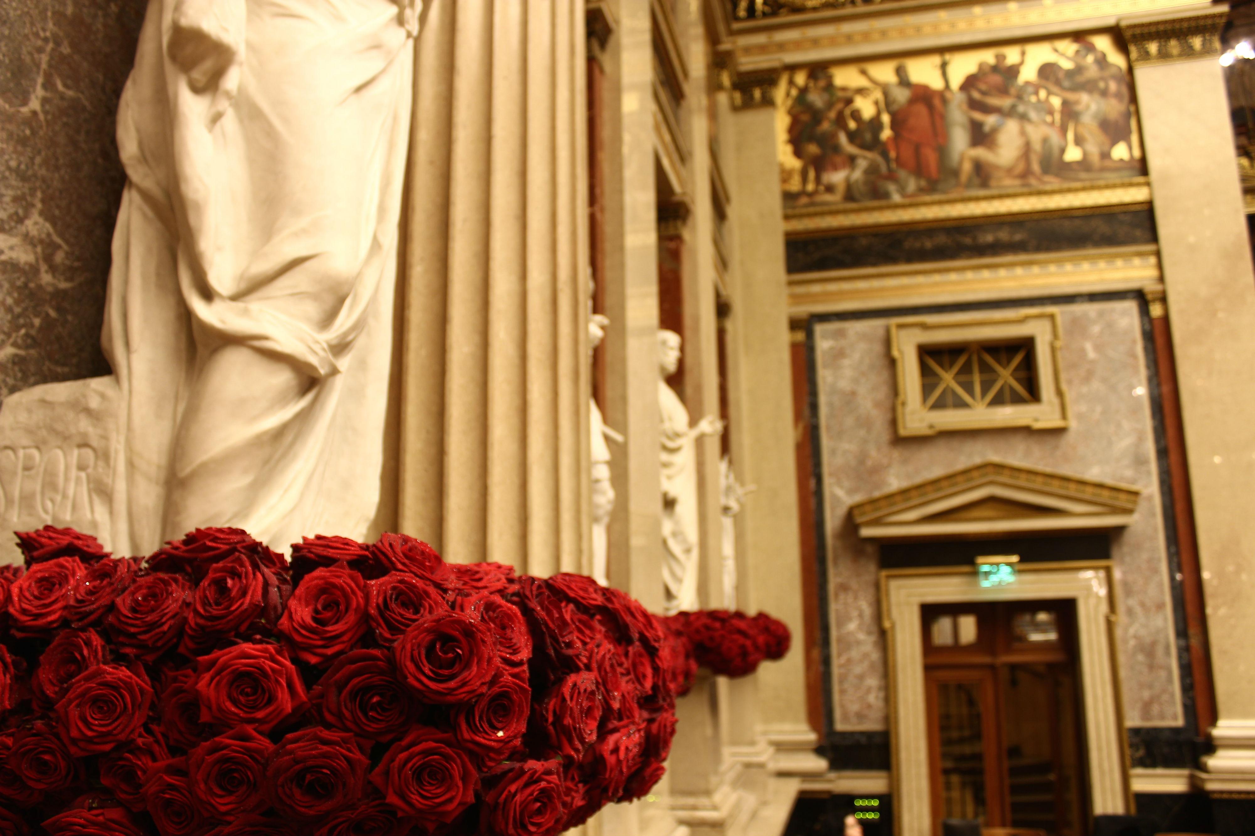 Porta Nova Red Naomi Austrian President Timo Bolte