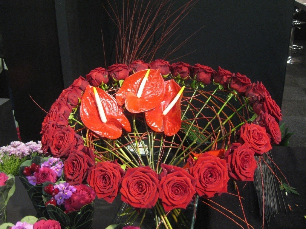 International Women's Day bouquet porta nova red naomi 2