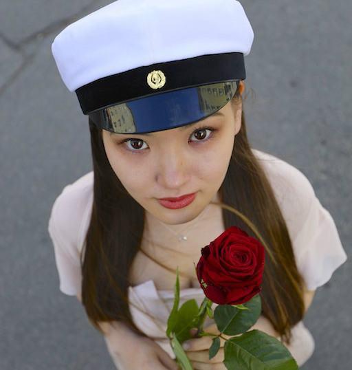 Finland graduation day porta nova red naomi roses
