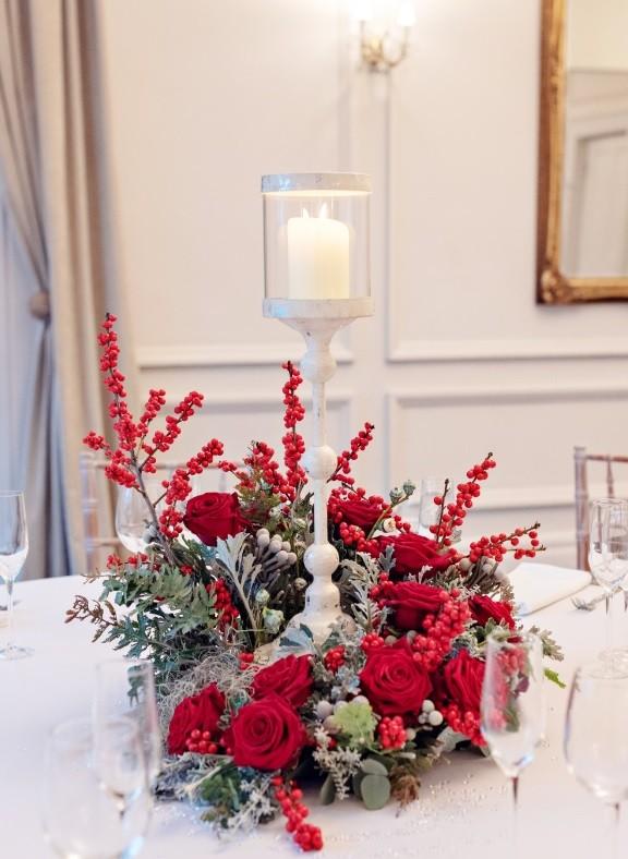 Sarah Crookstone porta nova Christmas red naomi dinner table four