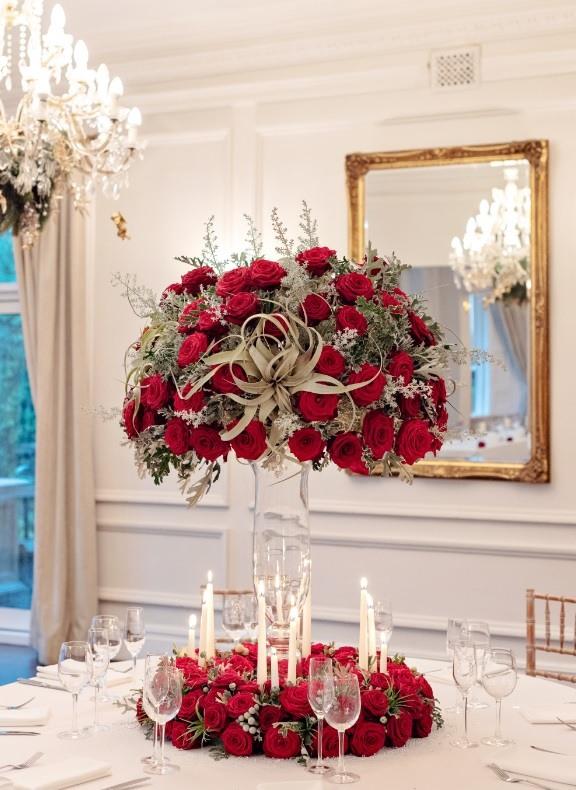 Porta Nova Greenhouse Red Naomi roses Christmas Table Centerpiece by Sarah Crookstone 43