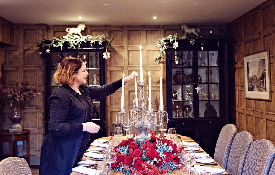 Sarah Crookstone porta nova Christmas red naomi dinner table ten
