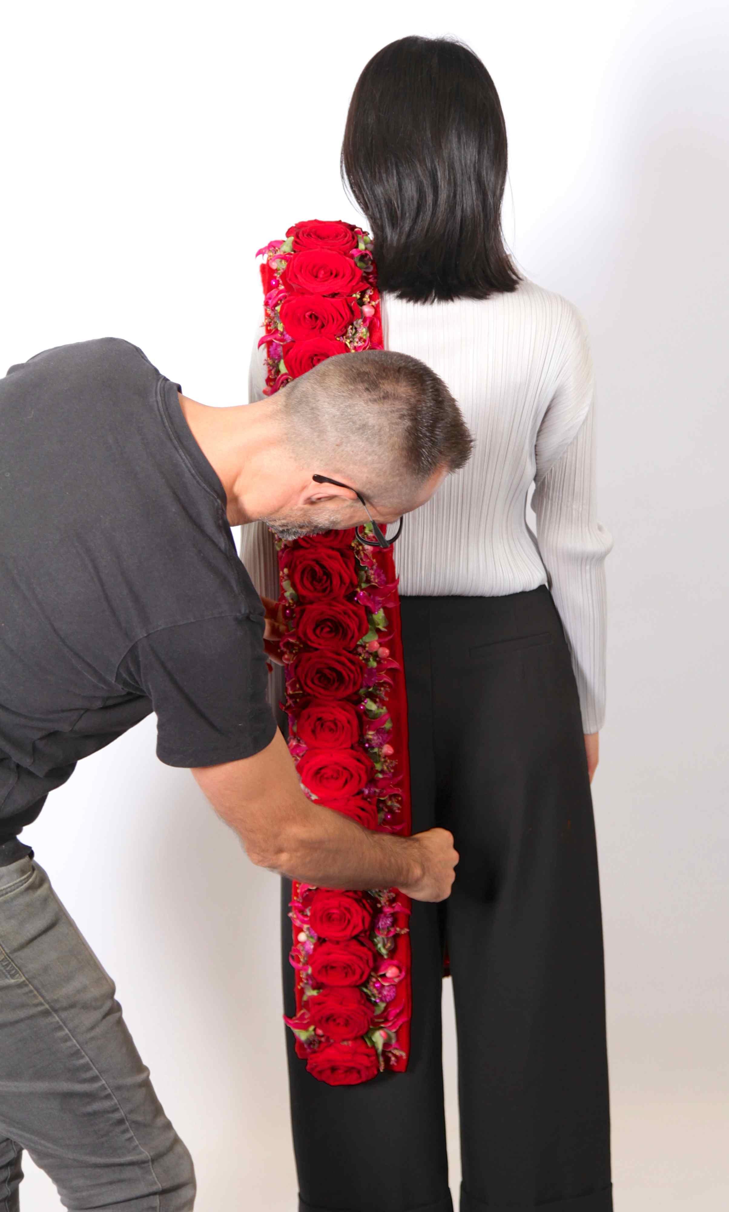red naomi love will keep you warm by alex segura