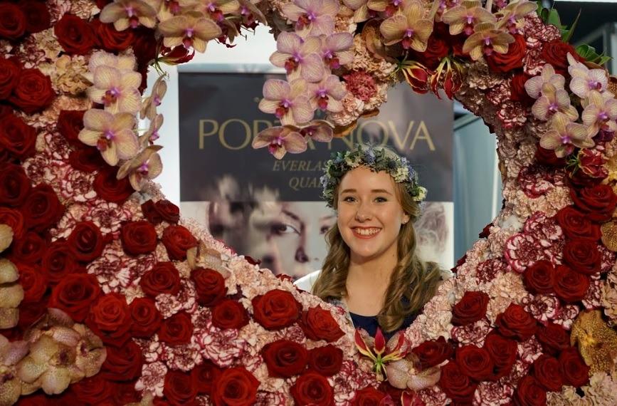 Valentine's Day Lana Bates IPM Essen 2019 Red Naomi Porta Nova