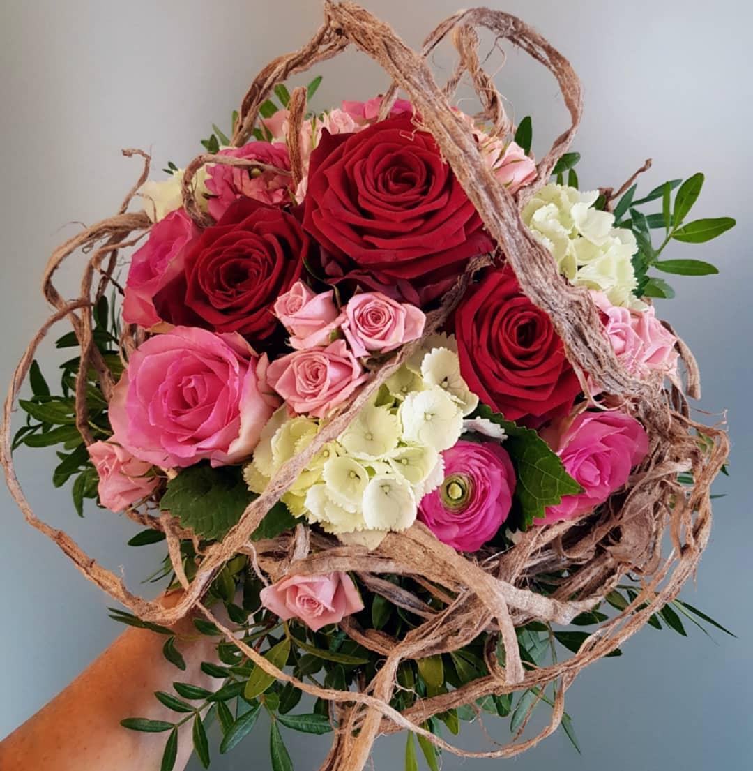 mother's day bouquet red naomi porta nova
