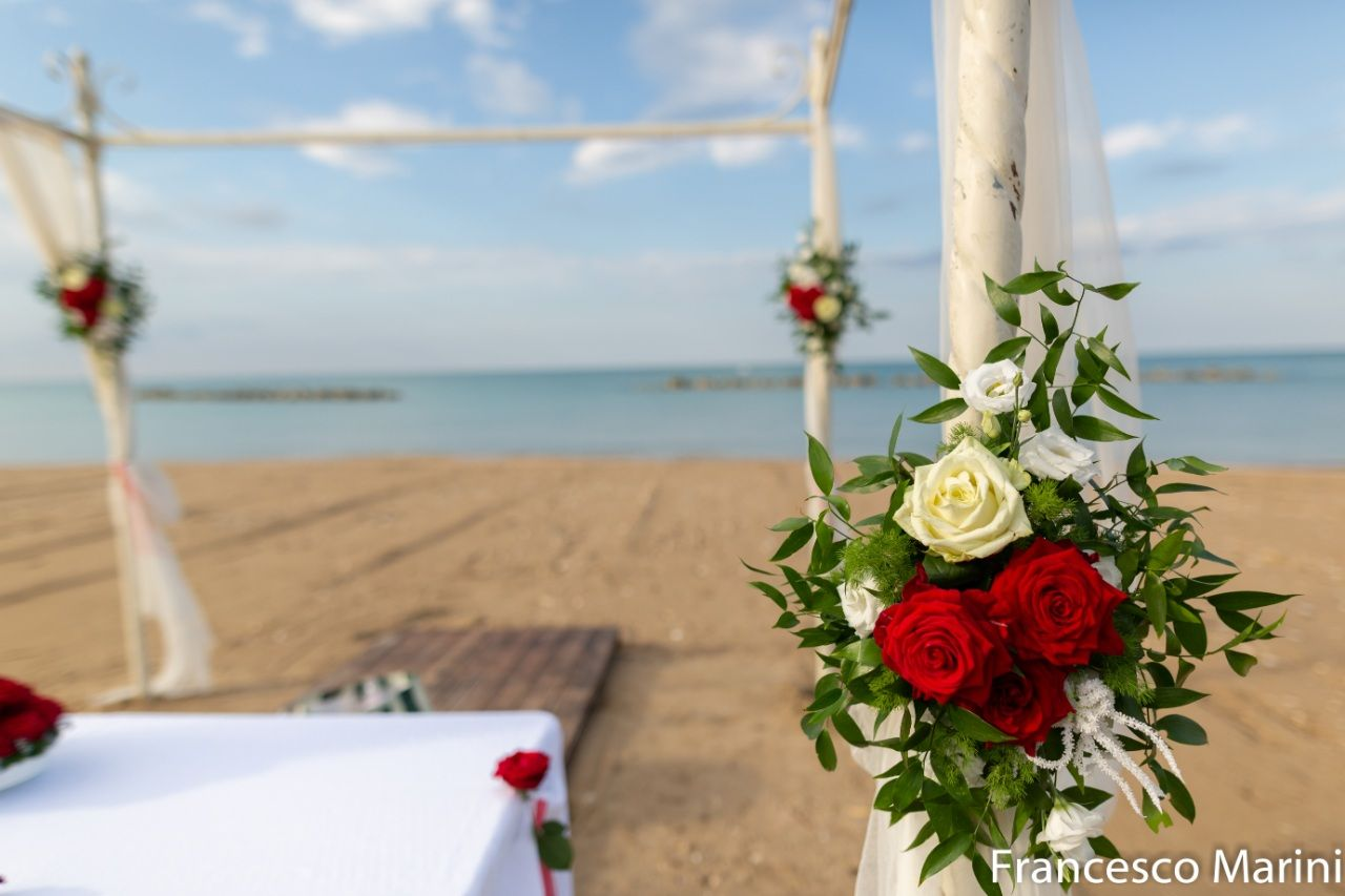 Italian Beach Wedding by Ivana Spinelli
