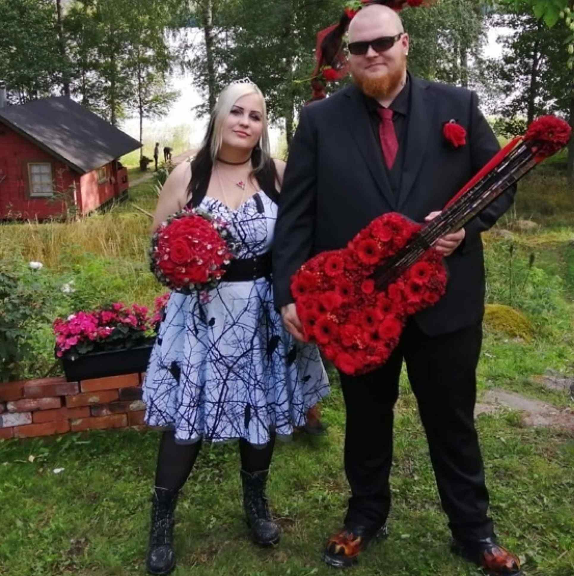Rock-themed Wedding with Porta Nova roses