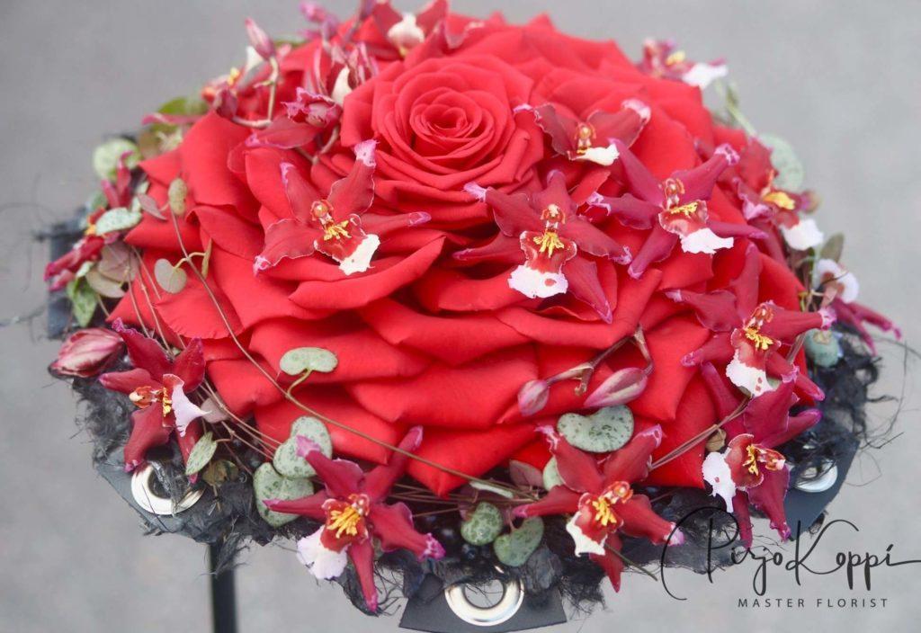 porta nova red naomi bridal bouquet pirjo koppi