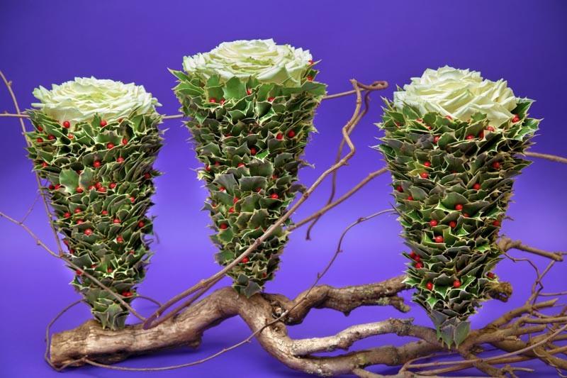 Ioachim Erema Christmas Floral design Inspiration with White Naomi roses