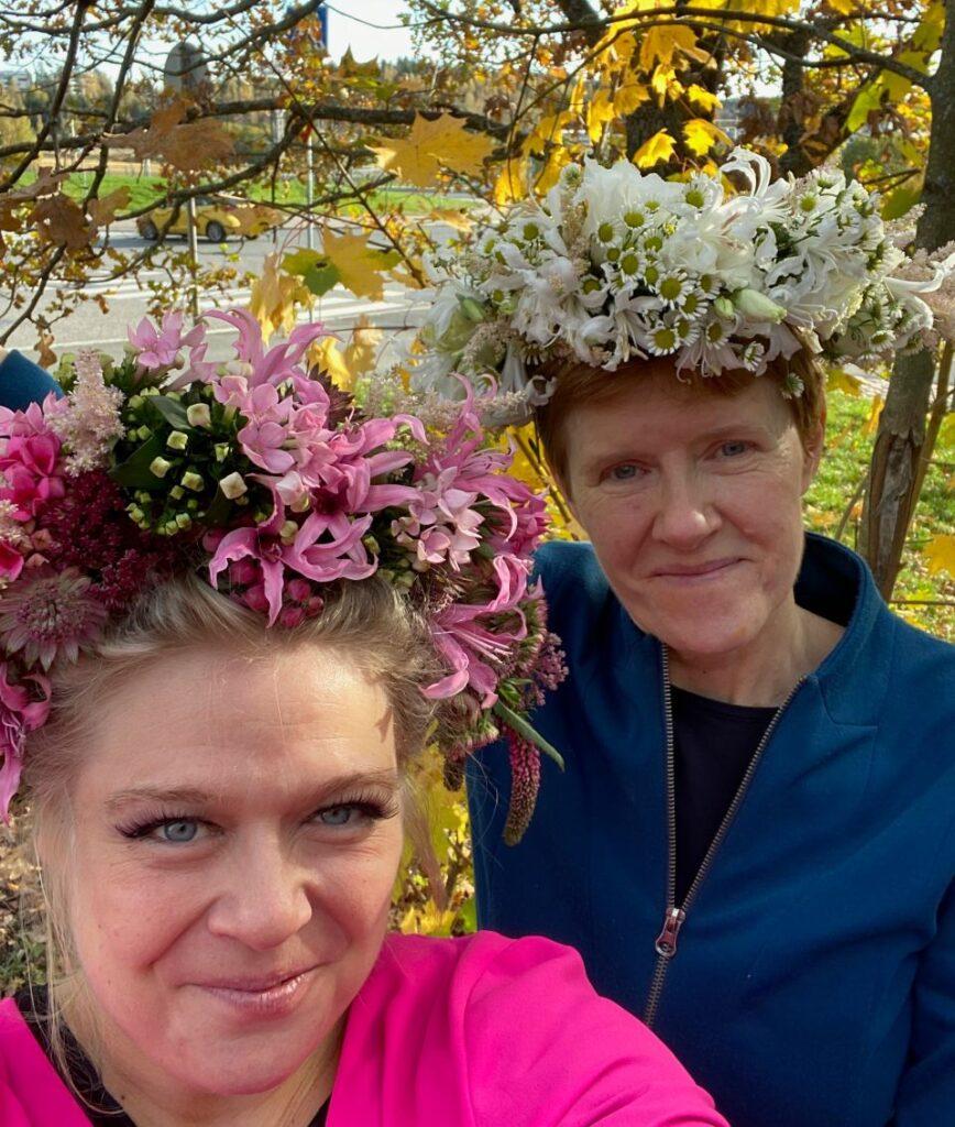 Pirjo Koppi and Tiina Koskinen porta nova christmas