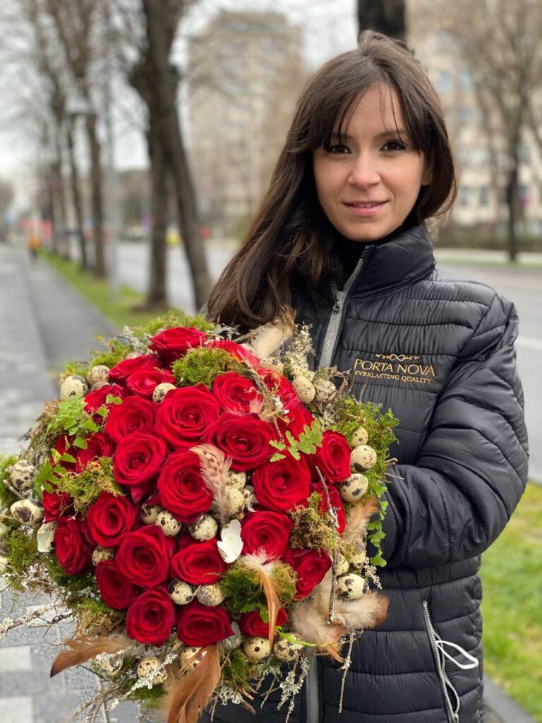 Claudia Tararache Easter Red naomi