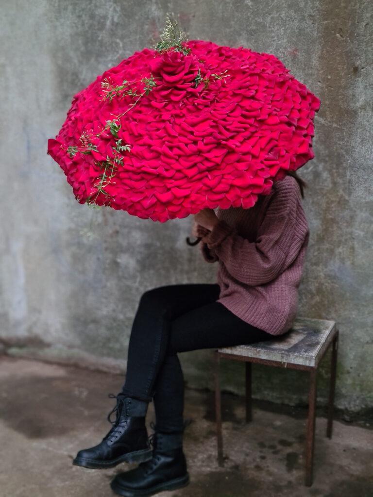 Heidi Red Naomi parasol