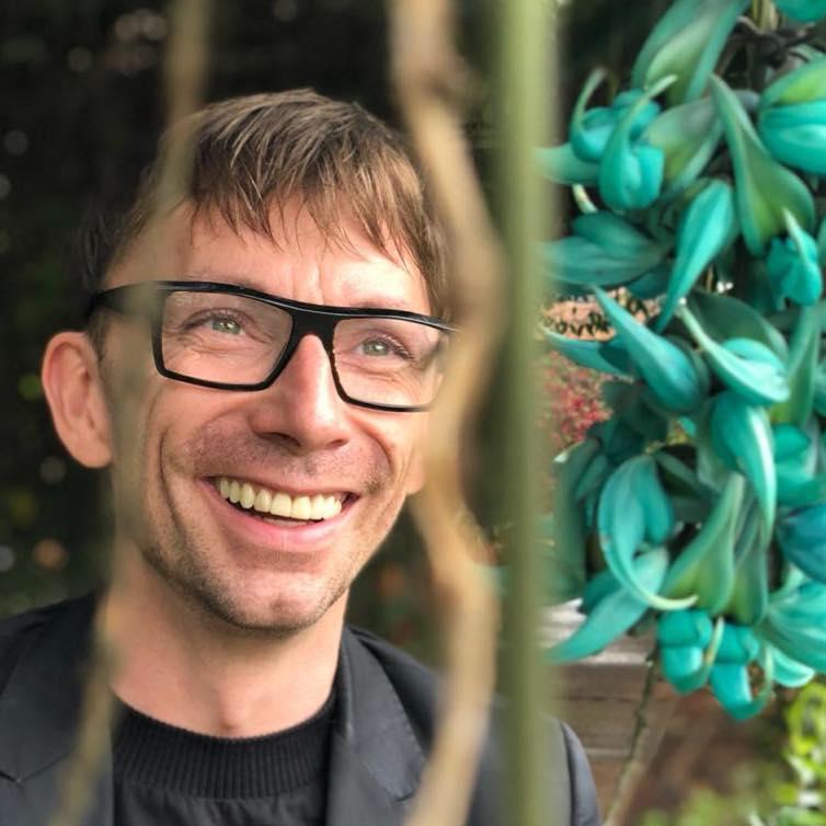 Stein Are Hansen floral artist