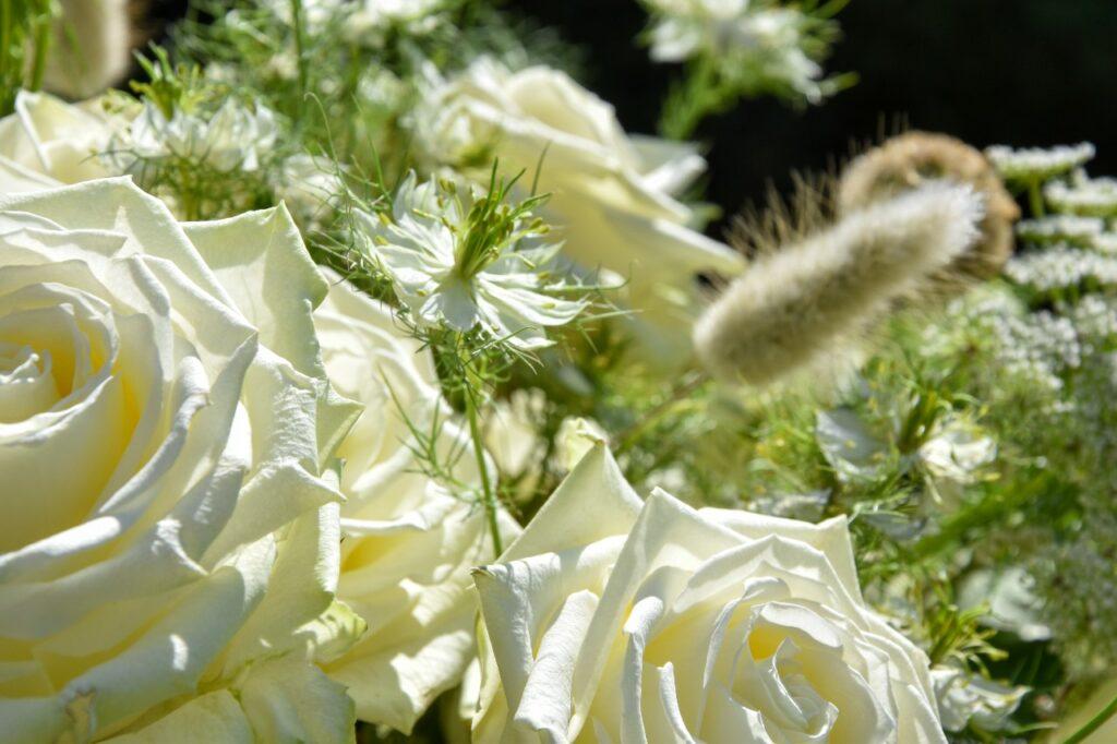 Angelica Lacarbonara white naomi wedding flowers