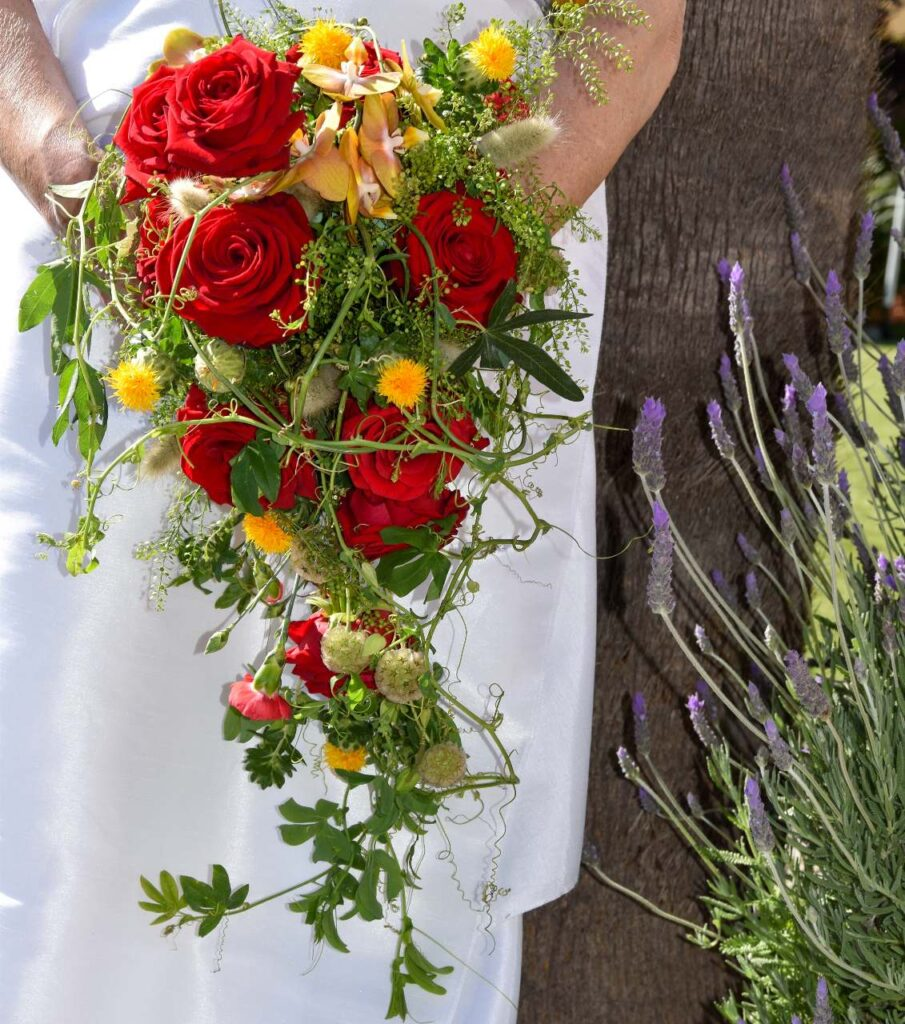 Angelica Lacarbonara red naomi wedding flowers