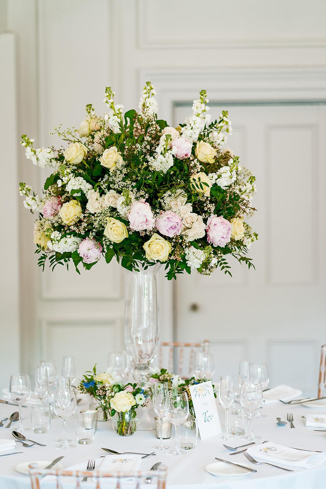 Sarah Crookston 's exquisite Porta Nova White Naomi wedding