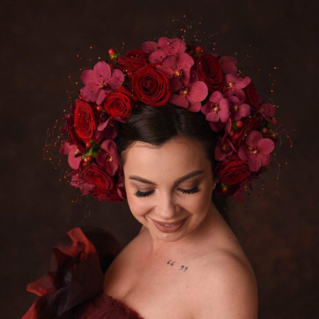 claudia tararache red naomi unica crown creativity 2