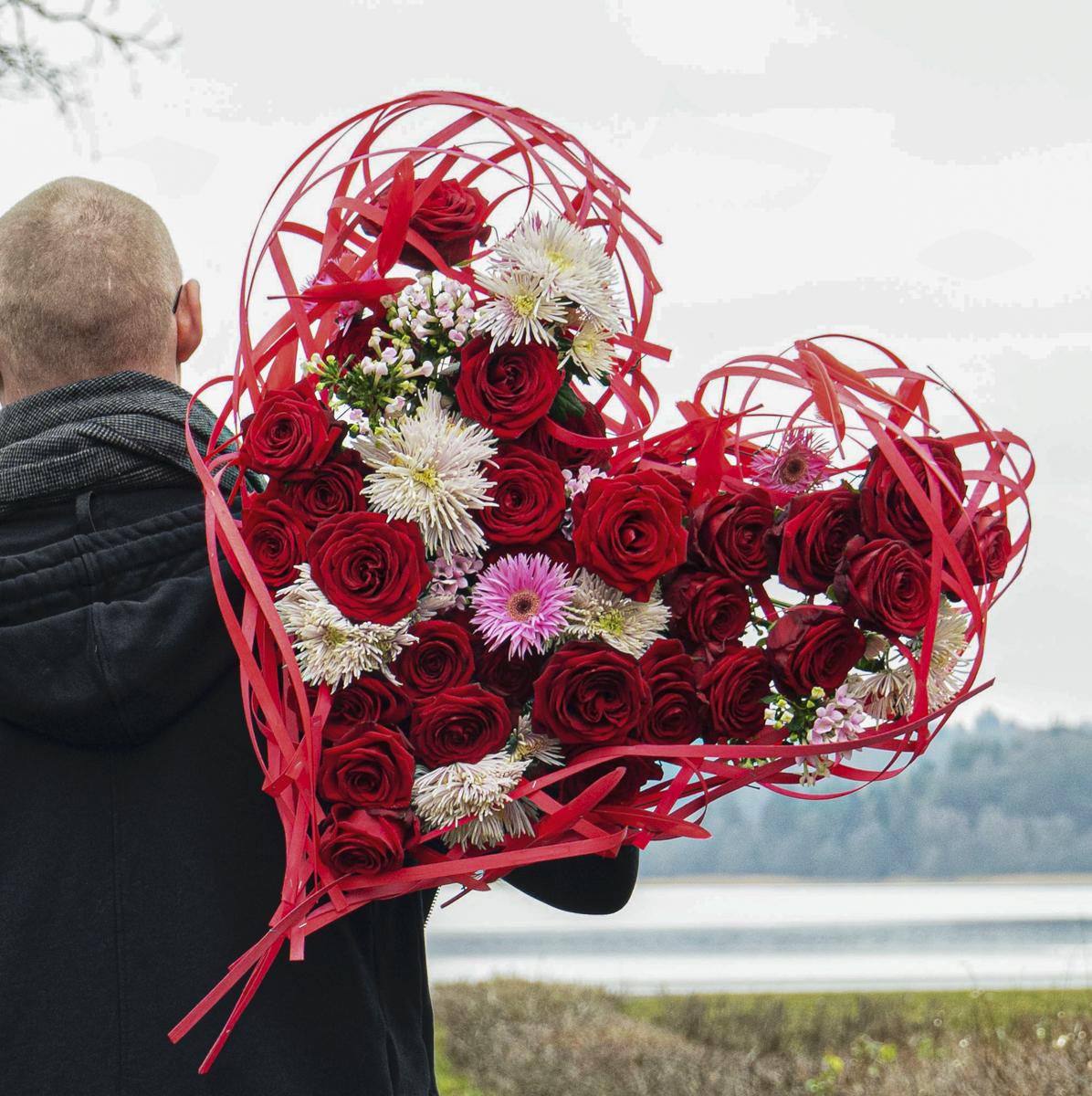 Dan Xavier captures emotion with these Porta Nova arrangements
