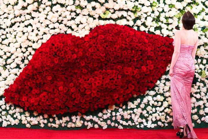 Mother's day kiss porta nova red naomi