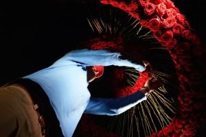 Florist Jan de Ridder put everything in place Porta Nova Red Naomi wishing well