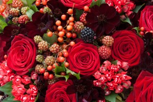 Red-Naomi-bouquets-by-Ivvo-Markou- 1
