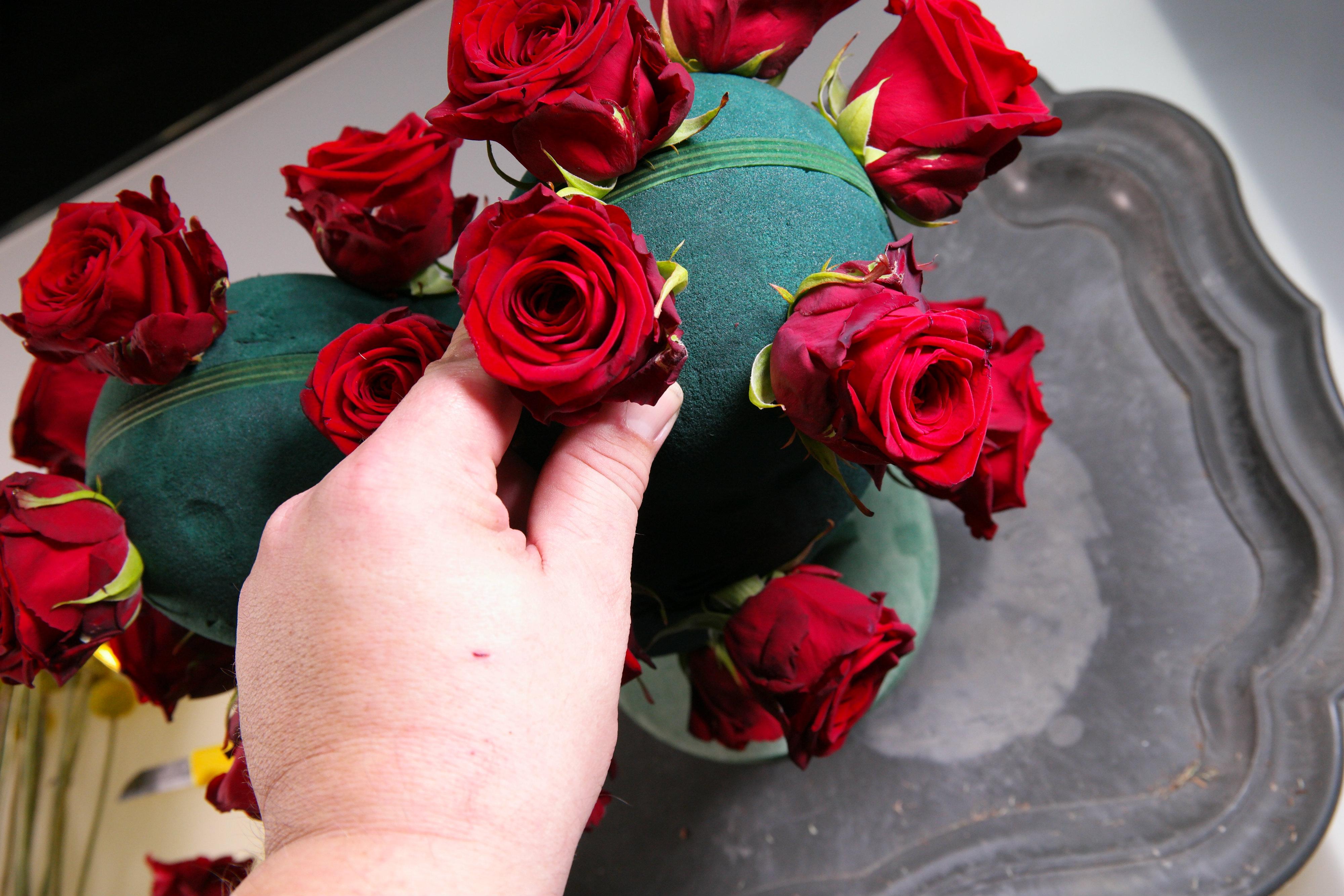 porta nova heart valentine's day
