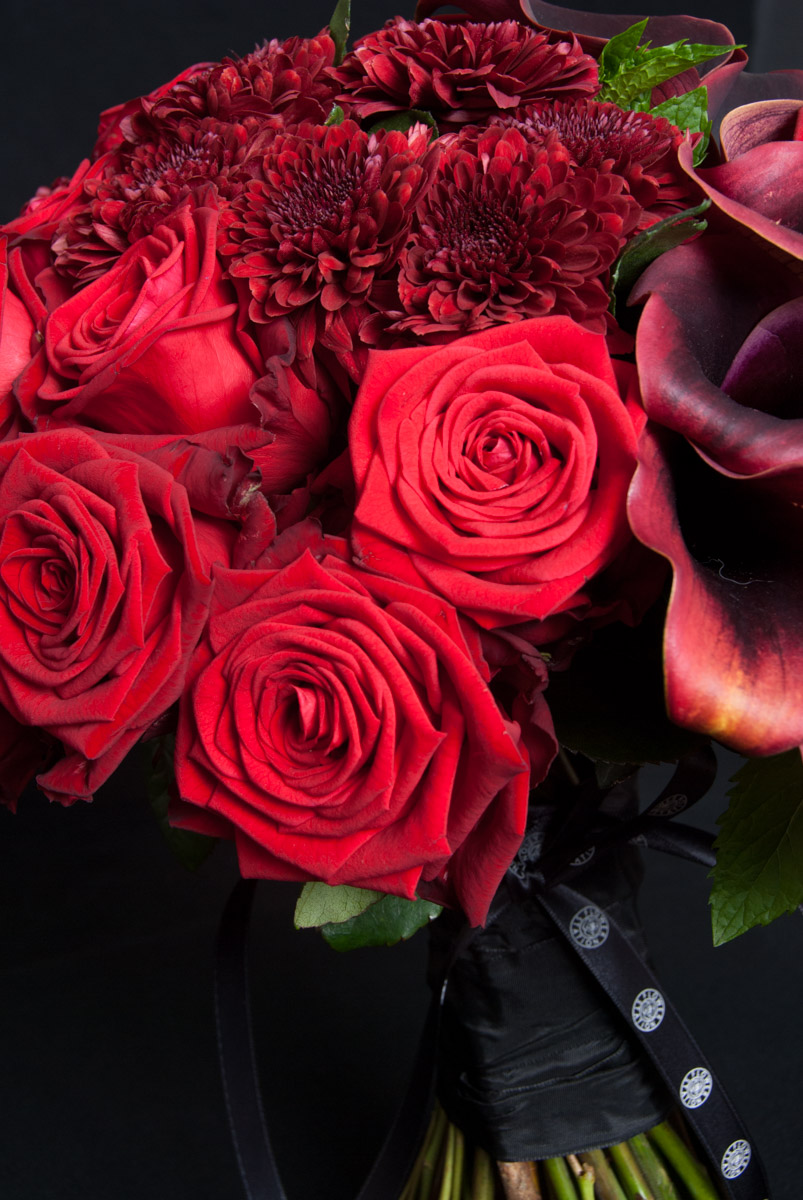 bouquet red Naomi Ivvo markou